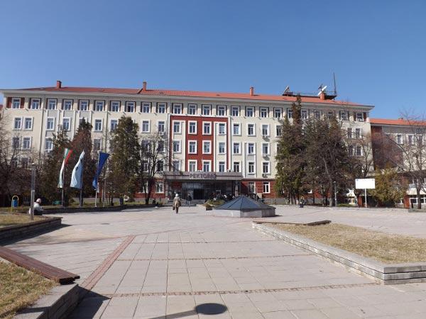 Правителството ще гласува размера на таксите за обучение в държавните университети