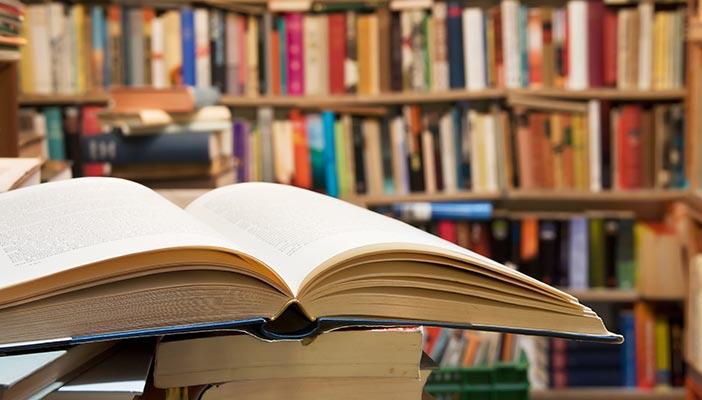 """""""Велики умове – библиотекари"""" представя Регионалната библиотека"""