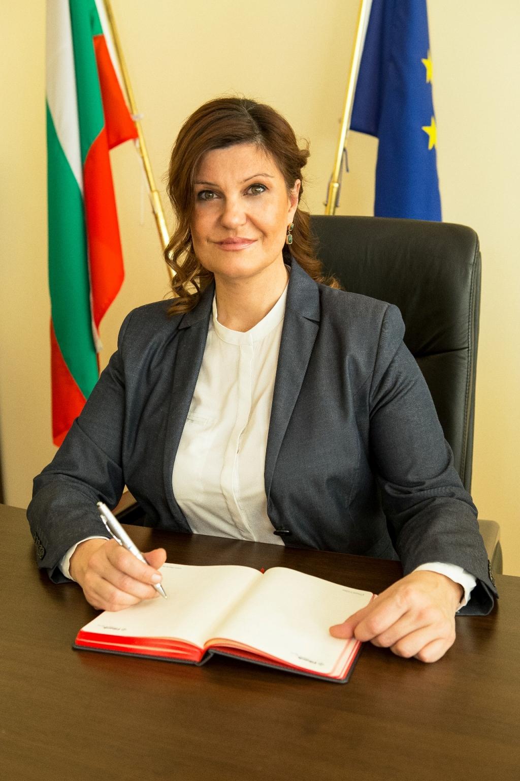 Поздравление от Ирена Соколова по случай професионалния празник на българските полицаи